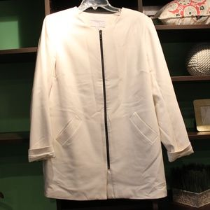 Katherine Barclay White Blazer/Jacket
